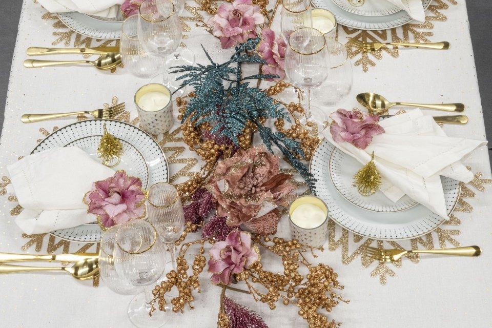 mesa de natal exuberante